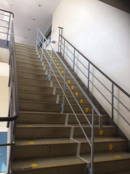 階段手すり設置工事